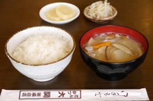 定食用ご飯・豚汁・惣菜